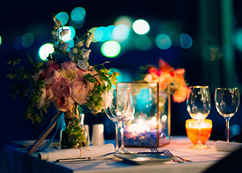 Wedding dinner by candlelight. Wedding decorations